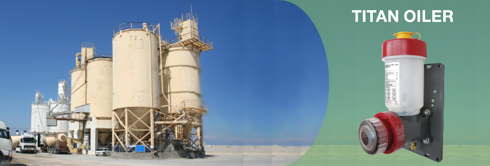 image of oil reserve tanks in the desert and motor driven titan oiler lubricator