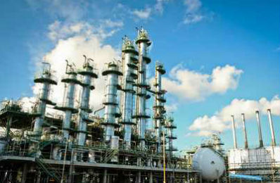 Petrochemical plants where our lubricators service many lubrication points