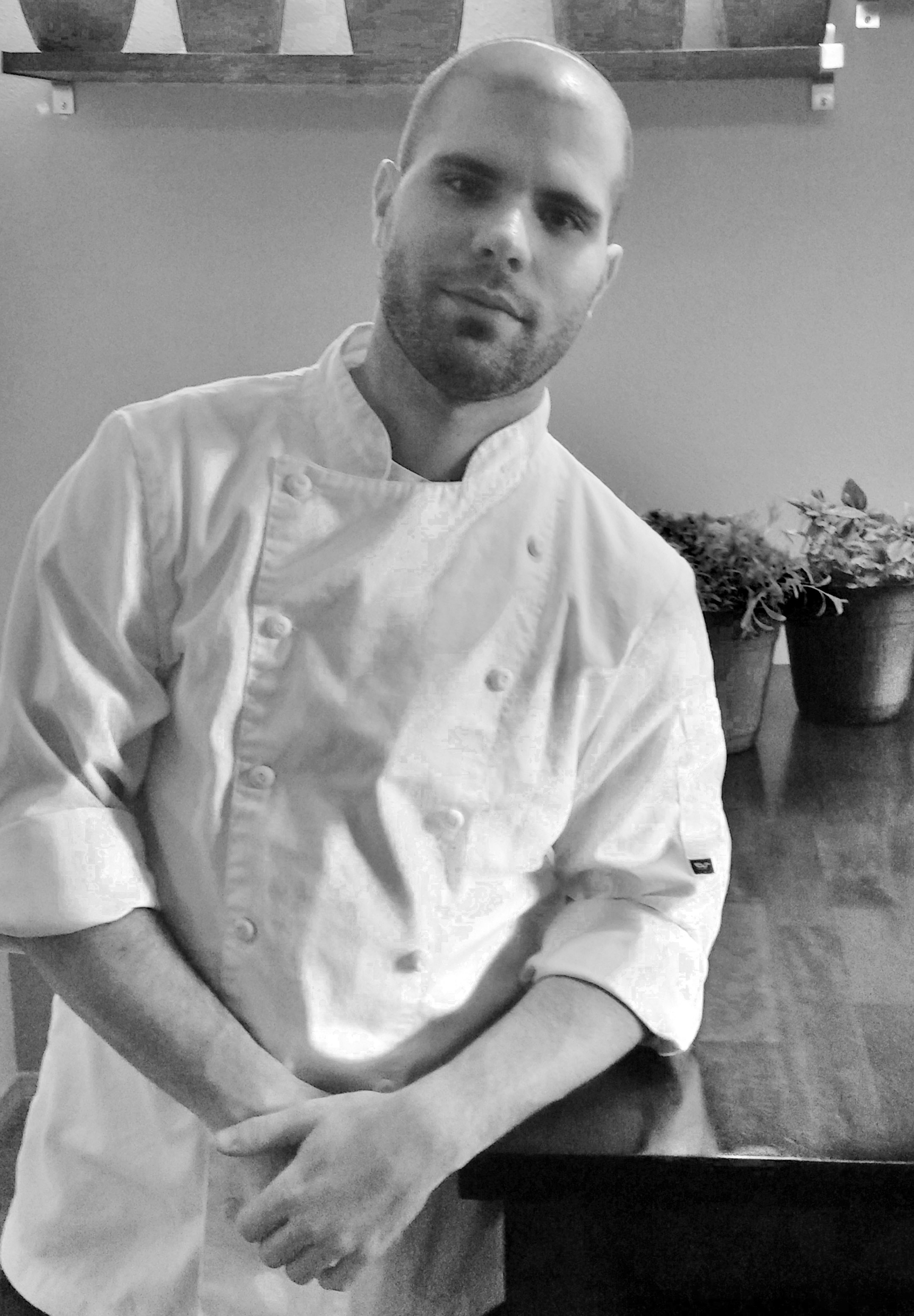 head chef brandon smoak, EastBurn, happy hour, brunch, dinner, date spot, best bar Portland, best happy hour, live music, pdx, best food Portland, beer, wine, whiskey, patio, games, beer belly