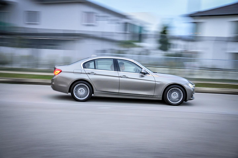 2017 BMW 318i Review Malaysia