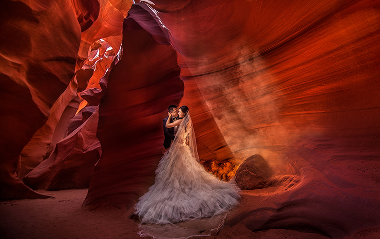 Antelope Canyon Pre Wedding Photo