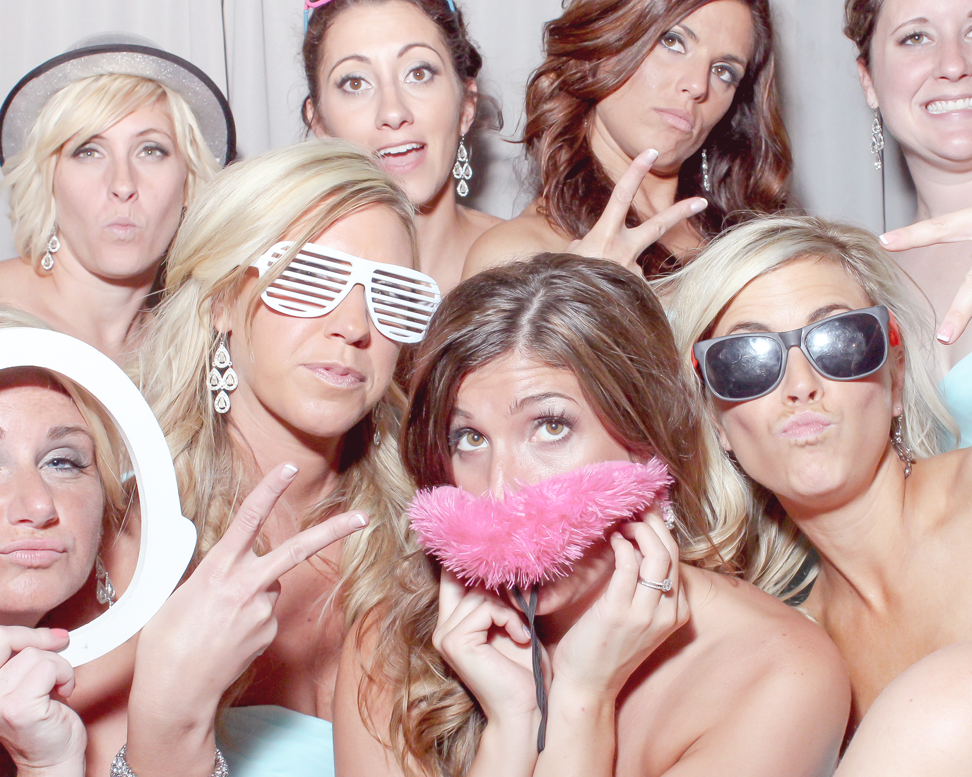 Pittsburgh Wedding Photobooth service