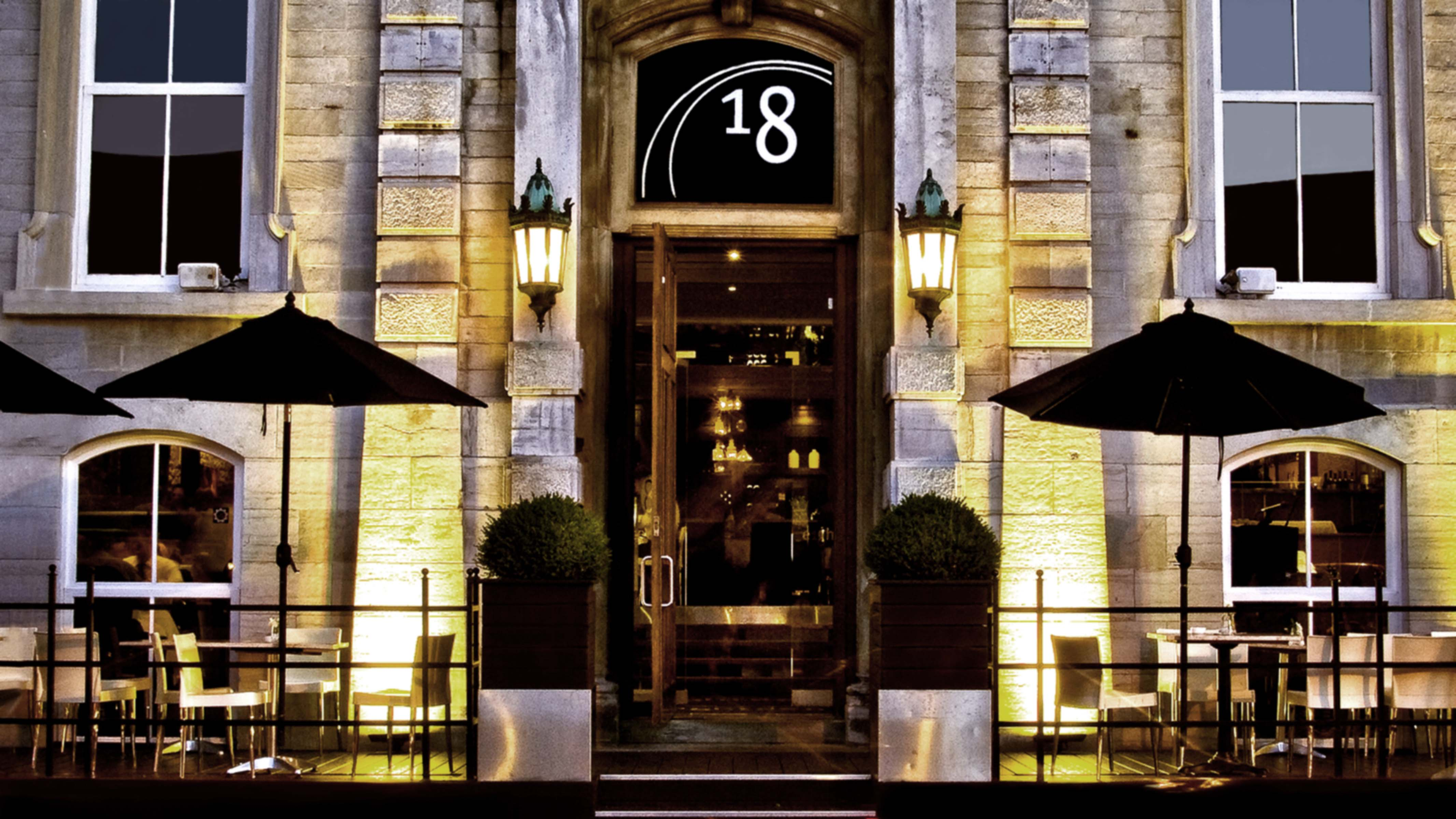 About 187 Restaurant 18 Ottawa Restaurant Steak  : exterior18web ID 32836592 c1cb 476e 85b0 1a434c6532e6 from www.restaurant18.com size 4266 x 2400 jpeg 671kB