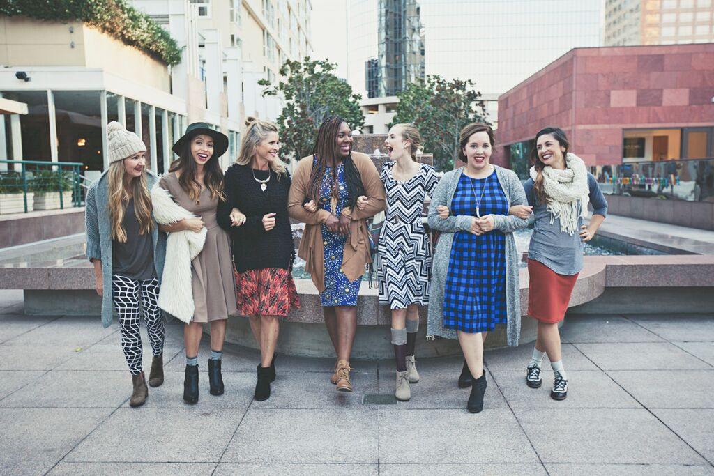 Group LuLaRoe Ladies Photoshoot