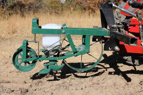 Single Row Seed Planter Category 1 implemement for the Oggún Tractor.